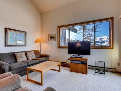 Photo for Spacious + Cozy Slopeside Condo | Great Location!