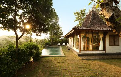 Photo for Charming Villa 1km from Borobudur Temple