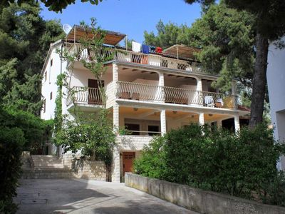 Photo for Apartment in Ivan Dolac (Hvar), capacity 4+0