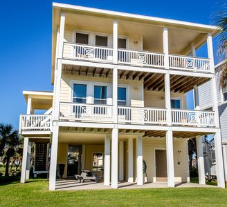 Photo for Suits Us Pointe West Galveston Beach House