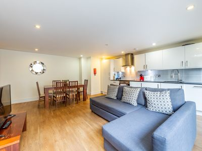 Photo for Modern 2 Bedrooms Apartment near Hyde park in Bayswater