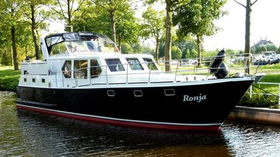 Photo for Yacht Siemer 44 for 6 + 1 people.