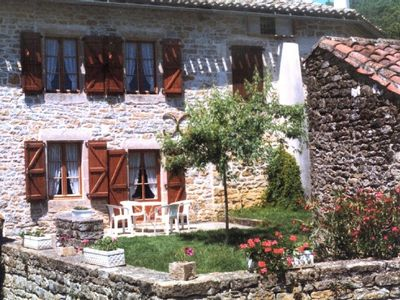 Photo for Self catering Les Estaules - Gîte for 5 persons