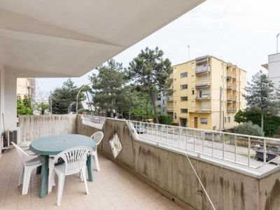 Photo for Apartment Lido degli Estensi for 5 - 6 people with 2 bedrooms - Apartment