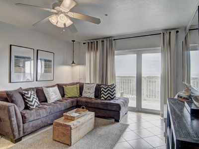 Photo for Amazingly updated 3 bedrm beachfront condo with community pool and beach access!