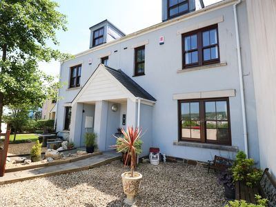 Photo for 5 CHANDLERS YARD, pet friendly in Burry Port, Ref 982375
