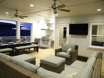 Photo for Exquisite! Heavenly Beach Get-a-Way with Amazing 3rd Floor Covered Deck
