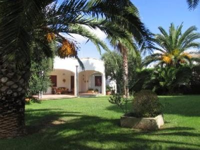 Photo for Magnificent sea view villa with large garden, a few steps from the sea
