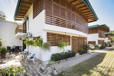 First floor villa with private terrace