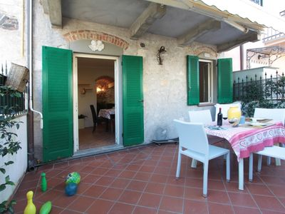 Photo for One bedroom Apartment, sleeps 3 in Forte dei Marmi with Air Con and WiFi