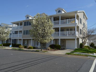 Photo for Ocean View 4 Bed, 3 Bath 1 block to Beach, Boardwalk, Close to Convention Center