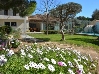 Photo for Villa 220 m2 with swimming pool secure on trees and fenced, not overlooked