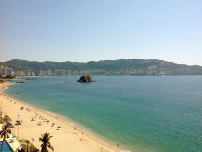 Photo for 2BR Condo Vacation Rental in Acapulco, Guerrero