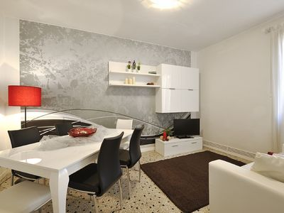 Photo for Venice Garden View Apt. 1 - Apartment for 6 people in Venice
