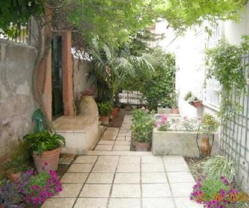 Photo for Rome: Apartment 90m2 with garden, independant access