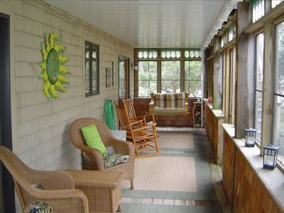 Photo for Cozy Beach House:  Located right on the sound.  Pets welcome!!