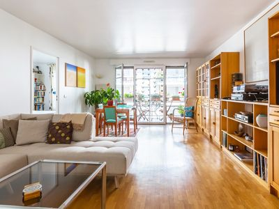 Photo for A spacious 2BR with balcony in Beaugrenelle 20 mins from Eiffel Tower, by Veeve
