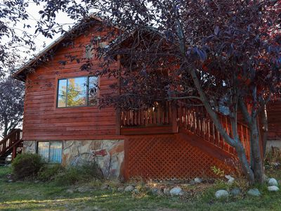 Photo for Hummingbird Retreat - 5 bedroom with amazing views-21 miles to YNP