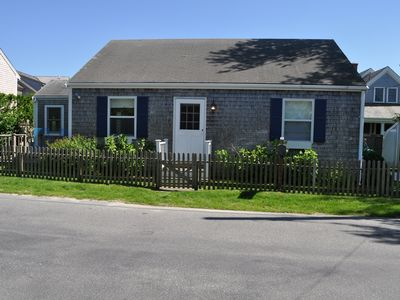 Photo for Nantucket Chic Cottage off Cliff Rd