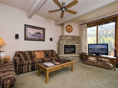 Photo for STH05 by Mountain Resorts ~ Access to Pool, hot tub & fitness center! 3 level Townhome