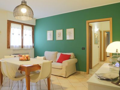 Photo for Pretty apartment in the center of Tuscany