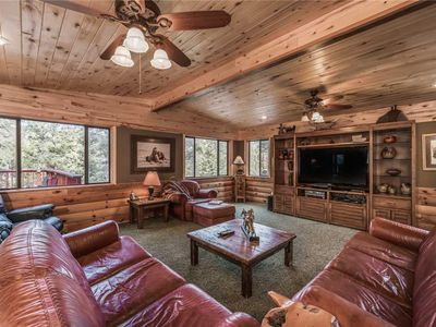 Photo for Buffalo Lodge, 7 Bedrooms, Sleeps 16, Hot Tub, Pool Table, Shuffleboard