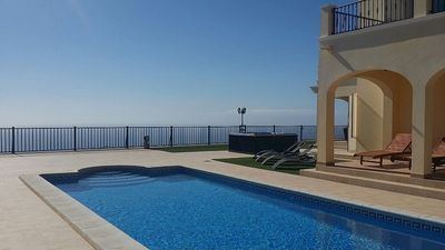 Photo for *Special offer June/July*Luxury Villa 4bed,heated pool,hottub,WiFi,meet&greet