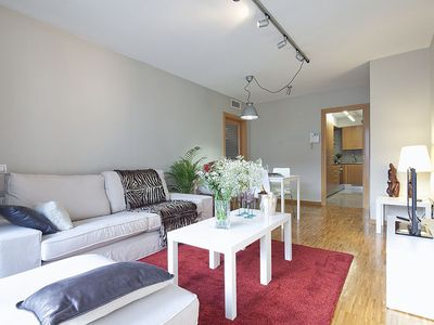 Photo for Apartment Sant Gervasi 3 rooms 6 pax with Terrace and optional parking -WiFi Free