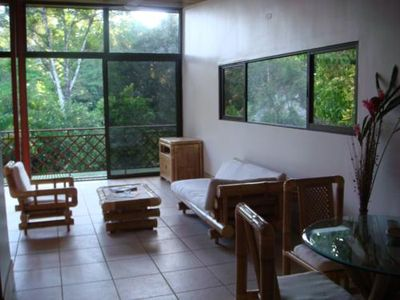 Photo for Studio apartment with Queen bed, Living area with TV, full kitchen, bath, Wifi.