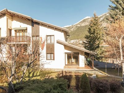 Photo for Terraced house with terrace and garden, in the hills of Briançon