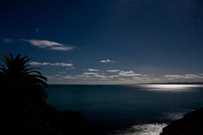 Moonlight and Stars from Lounge   photo F Padellec