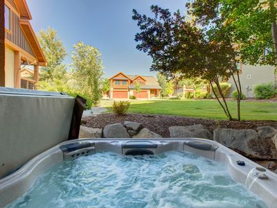Photo for Mountain chateau w/ hot tub, close to slopes and shores!