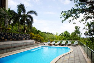 Thara Bayview Holiday Pool Villa