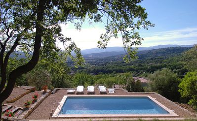 Photo for Nice holiday home with pool above the plain of Fayence