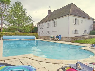 Photo for La Sérénité - Superb house with heated pool overlooking vineyards