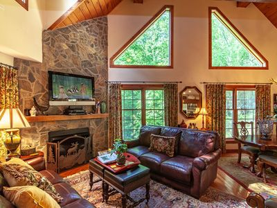 Photo for 4BR/4BA Elegant Log Cabin on Beech Mountain, Near Skiing, Hot Tub, Pool Table, King Suite, Fire Pit