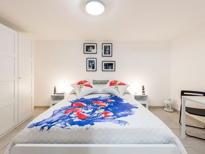 Photo for Montegrappa Apartment near central station + WIFI