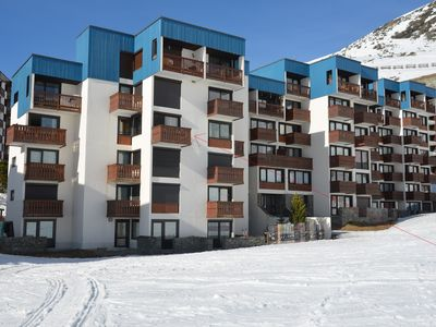 Photo for Apartment in VAL THORENS not overlooked 2 to 6 people skiing on foot at 50 m from ESF