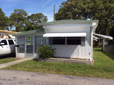 Mobile home in a retirement park located on beautiful Lemon Bay Florida  -  Englewood