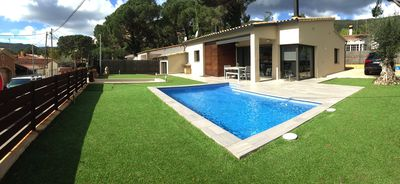 Photo for New villa with swimming pool in the Costa Brava. Now with WiFi!