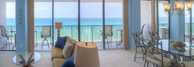 Magnificent views greet you the moment you walk thru the front door!