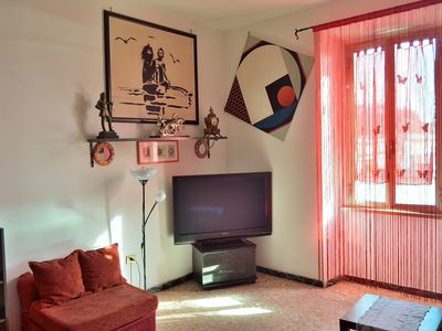 Photo for Comfy apartment in the typical central Testaccio area