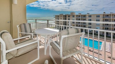 Photo for Beachy Gem on the No-Drive Beach, Desirable Top Floor Location