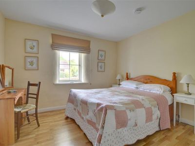 Photo for Vacation home Six Mile Farm in Canterbury - 6 persons, 3 bedrooms