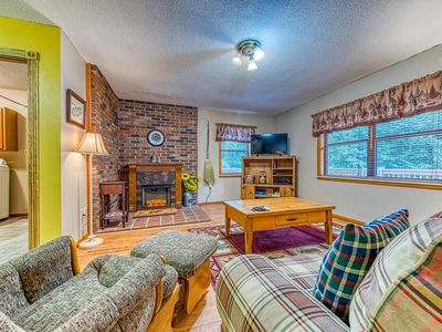 Photo for Secluded mountain cabin w/ fireplace & a spacious, furnished deck