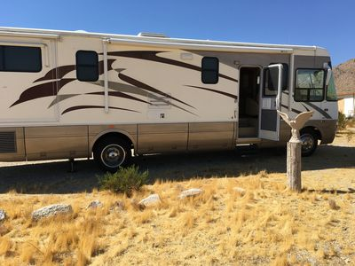 Photo for National Dolphin RV 2005      6000 Miles