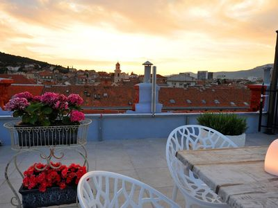 Photo for In the center of Split with Internet, Air conditioning, Terrace, Balcony (747119)