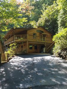 Photo for Peaceful Mountain Getaway at The Rusty Elk Retreat