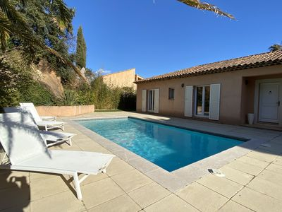 Photo for 4 bedroom pool villa with sea view near Bormes beach