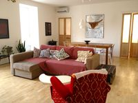 Great hosts, beautiful functional apartment in a wonderful part of Siracusa.